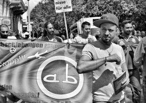 Alle bleiben Freiheit für Hikmet Roma
