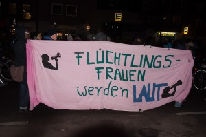 DemoBerlinvsViolenceWomen25Nov2015-0059-300x199